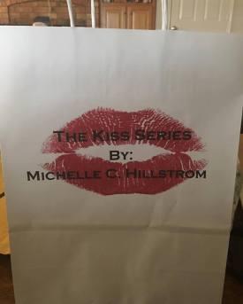 kiss series bags