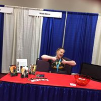 michelle setting up for lubbock con